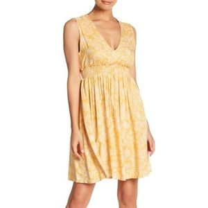 Roxy Yellow Open Back Summer Dress Medium